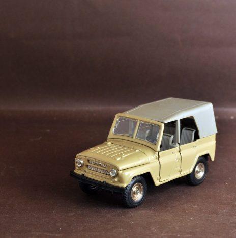 УАЗ 469 а34 песочный 1ый