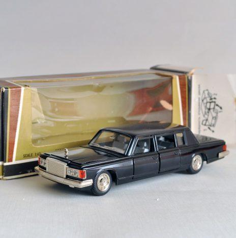 ЗИЛ 115 черный Коробка 04-88